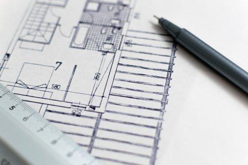 Vous devrez établir les plans intérieurs et extérieurs de votre maison, avec, pourquoi pas, l'aide d'un architecte. Photo PIxabay