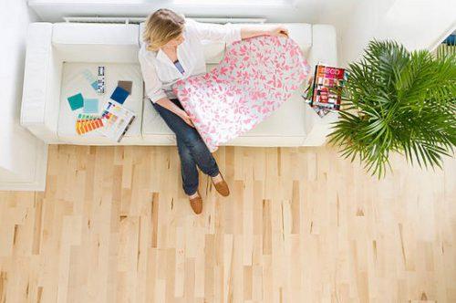 Rénover un mur avec du papier peint